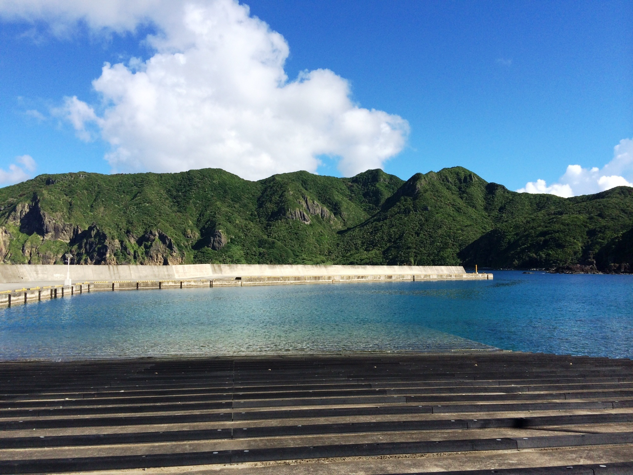 Higashi Port